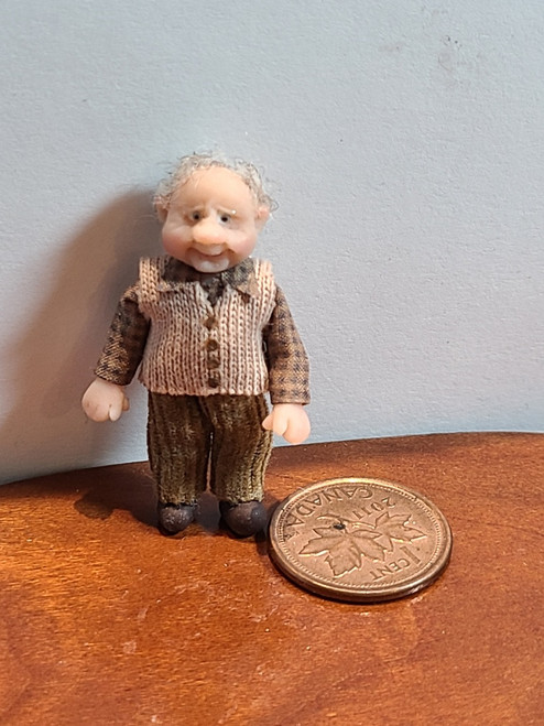 """1/4"""" Scale (1/48) Doll in Vest by Adora Bella Minis, UK"""