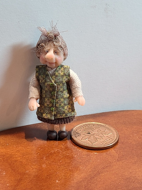 """1/4"""" Scale (1/48) Doll by Adora Bella Minis, UK"""