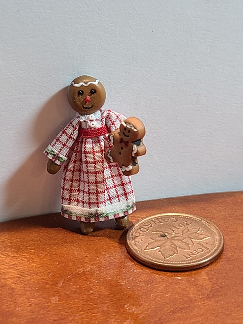 """1/4"""" Scale (1/48) Gingerbread Lady Doll (1 3/16"""" high)"""