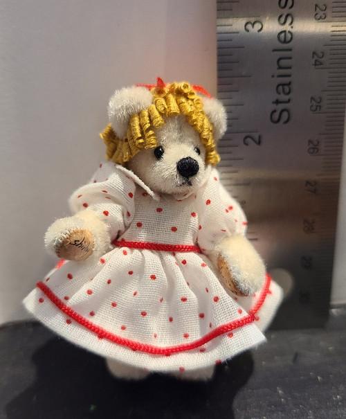 Miniature  Teddy Bear - Goldilocks