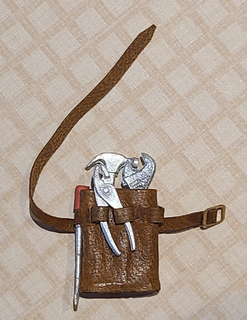 1/12 Scale Leather Tool Pouch with Tools