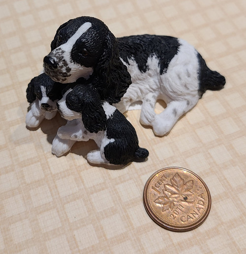 1/12 Scale Dog with Puppies