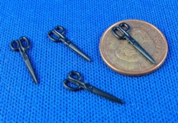 4 Pair of Scissors