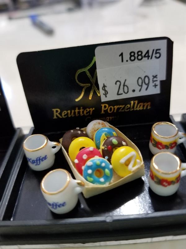 Reutter Porzellan - Doughuts & Coffee Mug Set