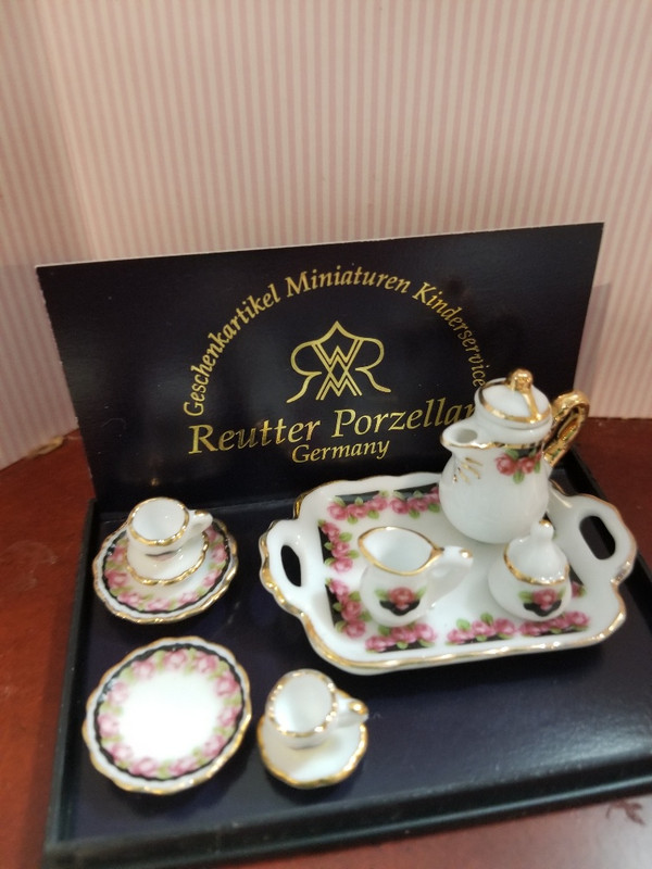 Reutter Porzellan - Black Rose Coffee Set with Tray