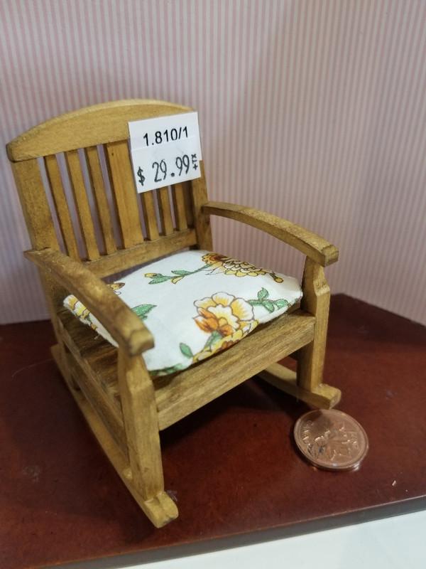 Reutter Porzellan - Rocking Chair