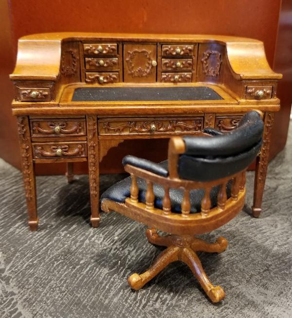 JBM Desk & Chair Set