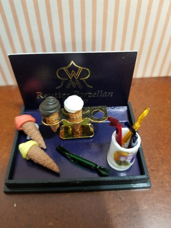 Reutter Porzellan - Ice Cream Cones & Candy