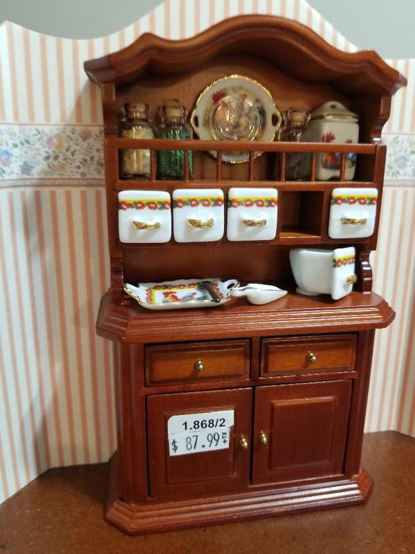 Reutter Porzellan - Rooster Herb Cabinet