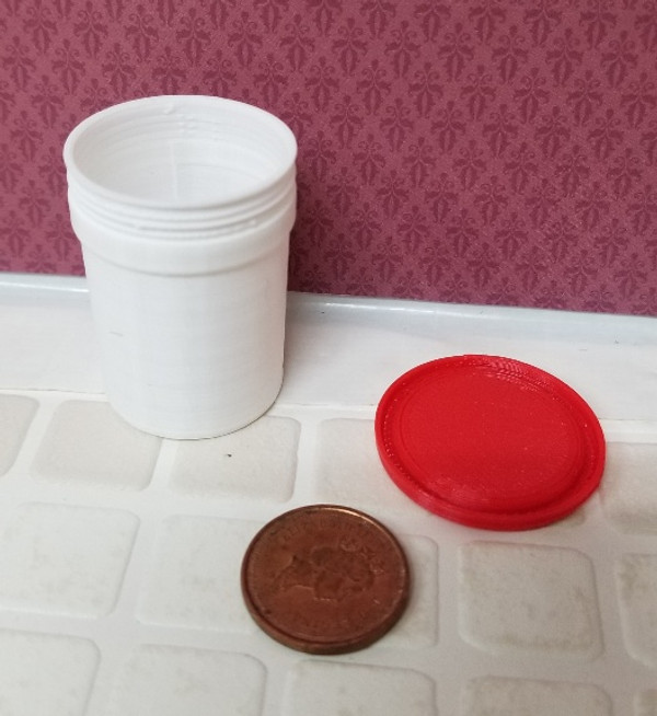 Plastic 5 Gallon Pail with Lid