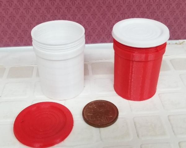 Plastic 5 Gallon Pail with Lid - Colour Choice