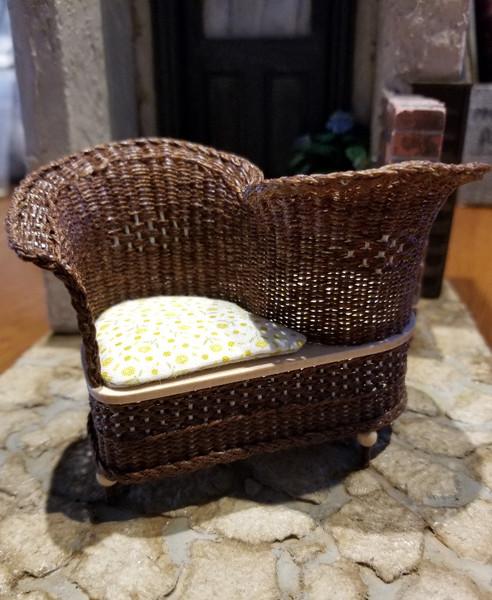 Handcrafted Brown Wicker Conversation Seat