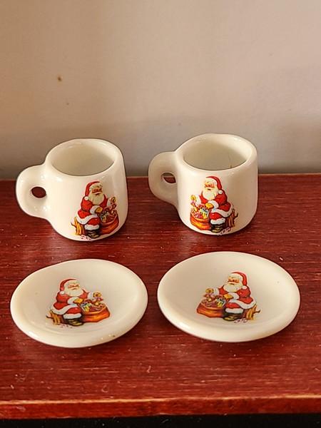 Miniature Christmas Cups & Plates - Santa