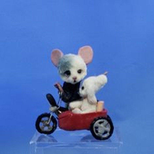 """Aleah Klay Character - Mouse on Scooter (1"""" tall)"""