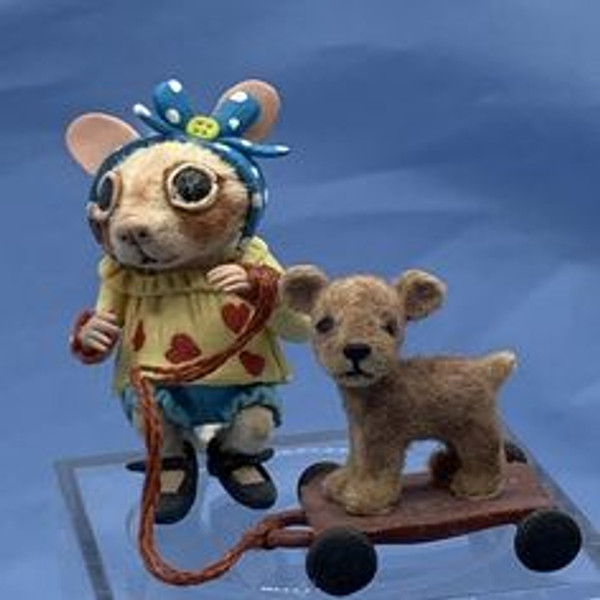 """Aleah Klay Character - Mouse with  Pull Toy (1 3/8"""" tall)"""