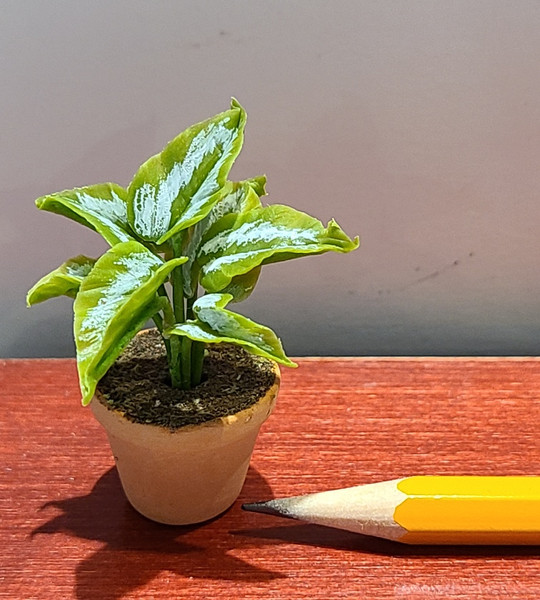 1/12 Scale Green Plant
