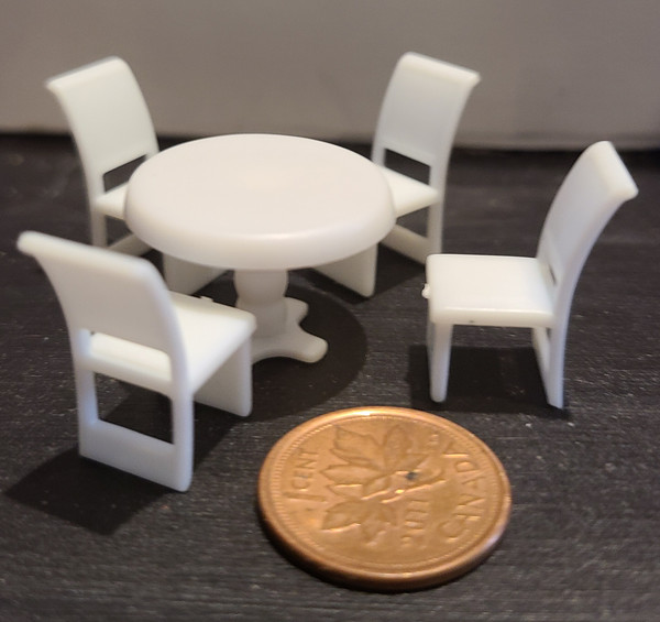 """1/4"""" Scale (1/48)  Table & Chair Set"""