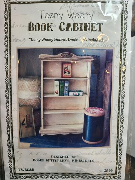 "1/12"" Scale (1/12) Robin Betterley Kit Book Cabinet"