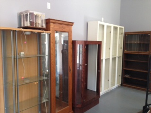Cabinets are in the new store...............