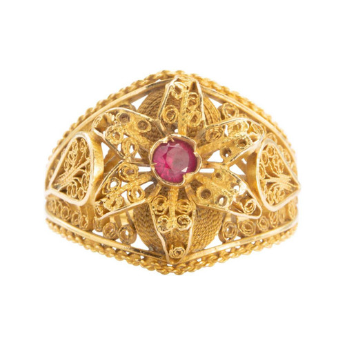 Second Hand 18ct Gold Filigree Flower Petal Ruby Ring