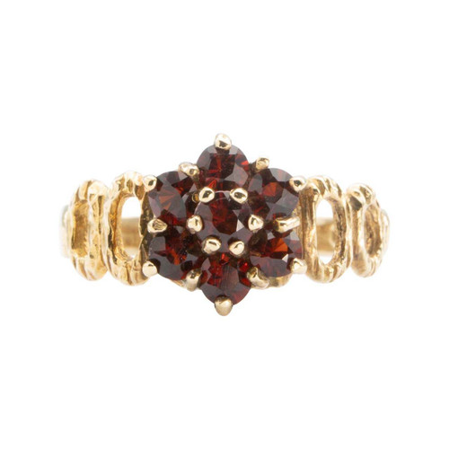 Second Hand 9ct Gold Garnet Cluster with Bark Shoulders Ring
