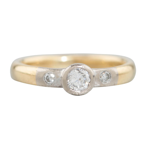 Second Hand 18ct Gold 0.20 Carat Diamond Solitaire Engagement Ring