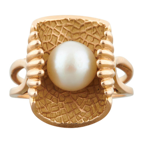 Vintage 1950s Pearl in Oyster Shell Cocktail Ring