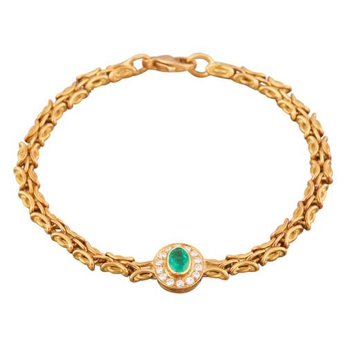 Second Hand 18ct Gold Emerald & Diamond Cluster Bracelet