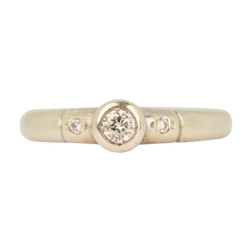Second Hand 9ct Gold Bezel Set Diamond Solitaire Ring