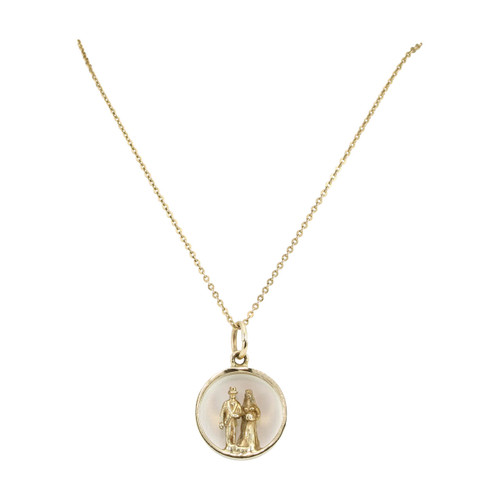 Second Hand 9ct Gold Bride & Groom Pendant Charm with Chain