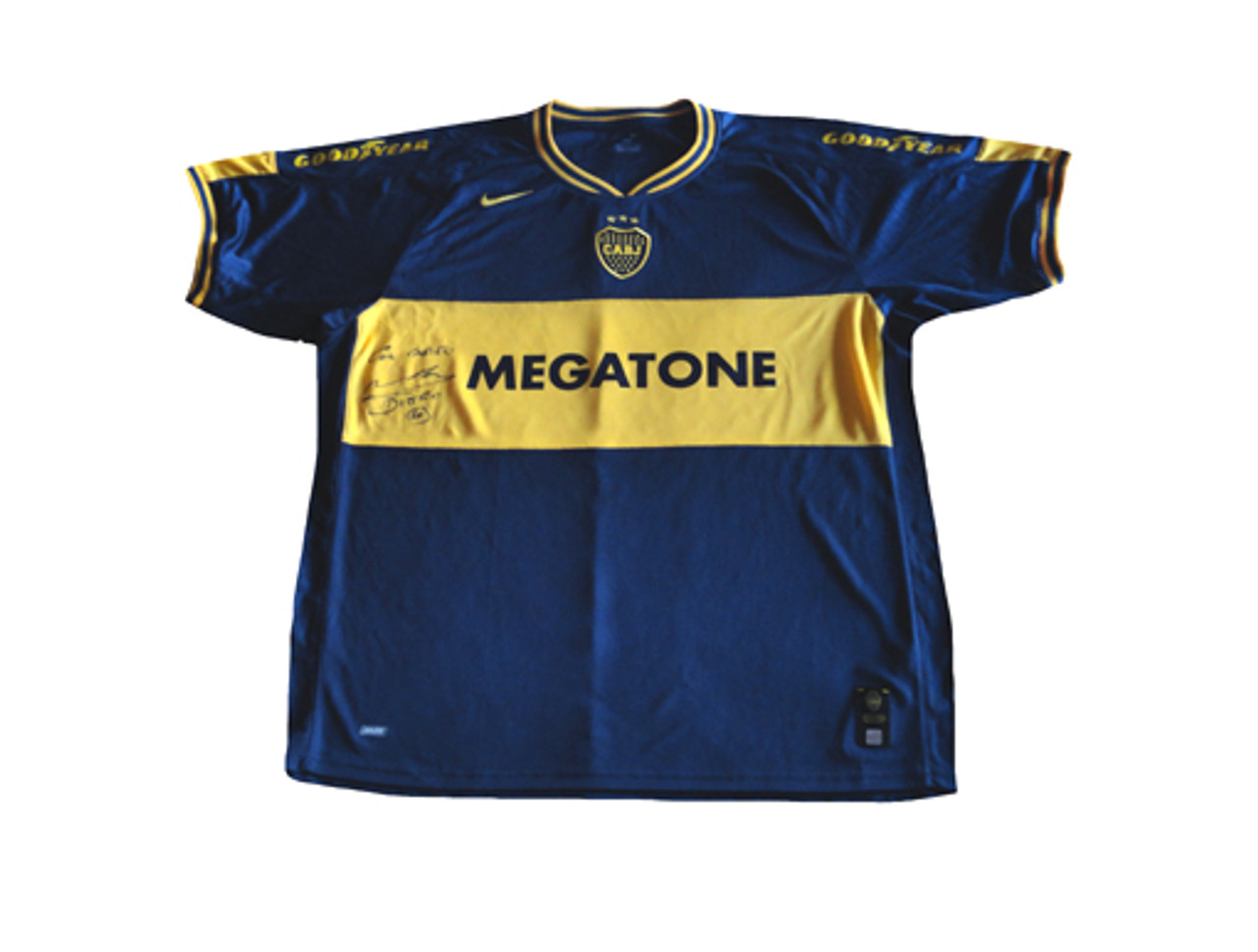 purchase cheap 4c3d3 040e1 NIKE BOCA JUNIORS 2007 `MARADONA` AUTOGRAPHED HOME JERSEY