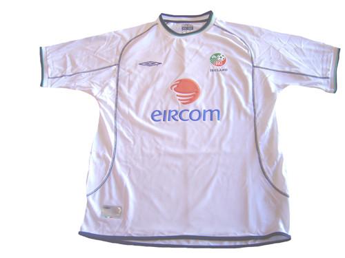 8b78740886d UMBRO IRELAND 2002 AWAY JERSEY WHITE - Soccer Plus