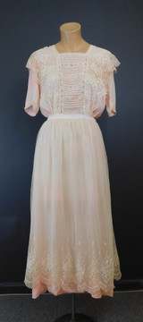 Antique Edwardian Dress, Peach Silk and Ivory Lace, 1910s, fits 34 inch bust