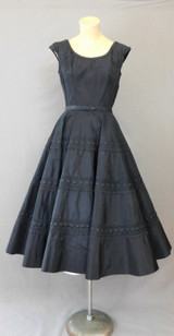 Vintage 1950s Black Dress, Full Circle Skirt, fits 35 inch bust, Lace & Trapunto, 204 inch hem sweep