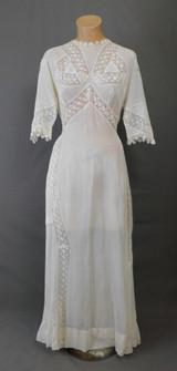 Vintage Edwardian Dress, White Cotton & Lace, fits 34 inch bust, 1900s Whites