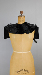 Victorian Unusual Collar Neck Piece with Feathers, Black Velvet with Big Buttons and Floral Berries, 1800s
