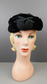 Vintage Black Gathered Velvet Hat with Bows and Ribbon Decorations, 1950s 22 inch head