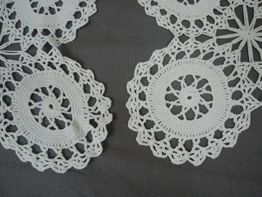 Vintage 2 Matching Crochet Doily Set , White handmade 1940s Linens