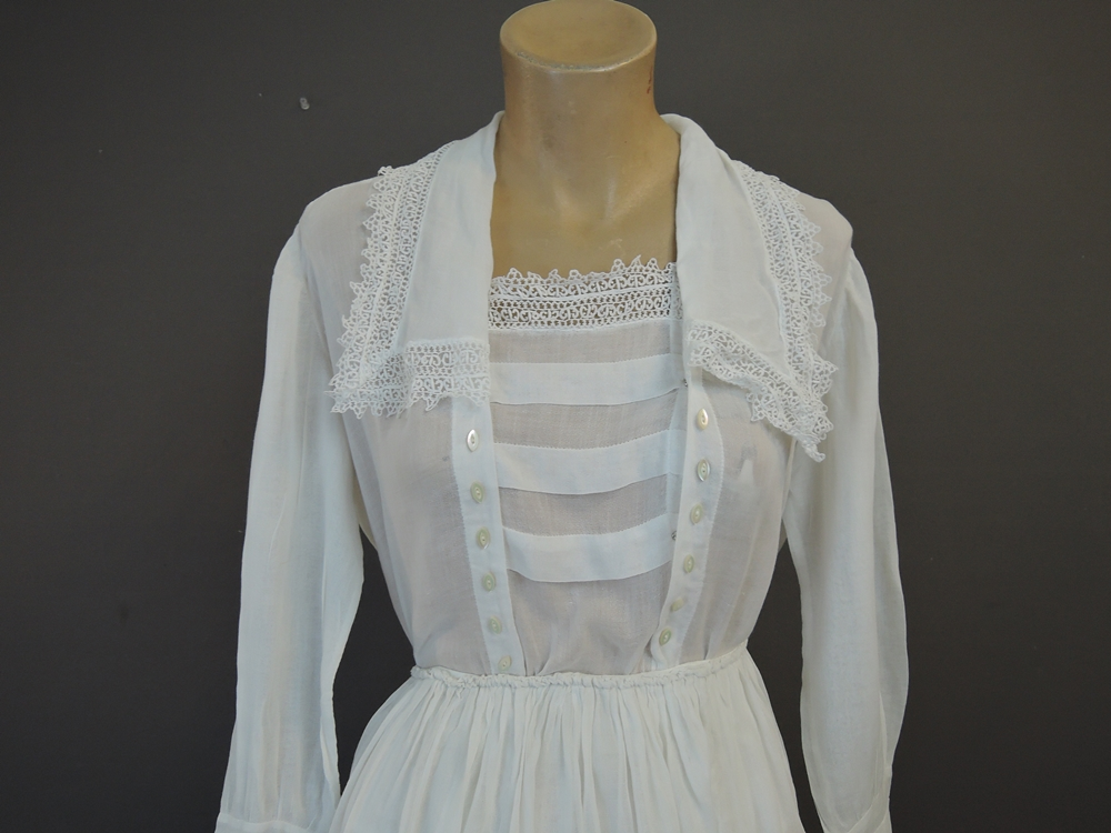 Vintage Edwardian Blouse & Skirt with Lace, Sheer Gauze Cotton, 34 bust blouse, XS 23 waist