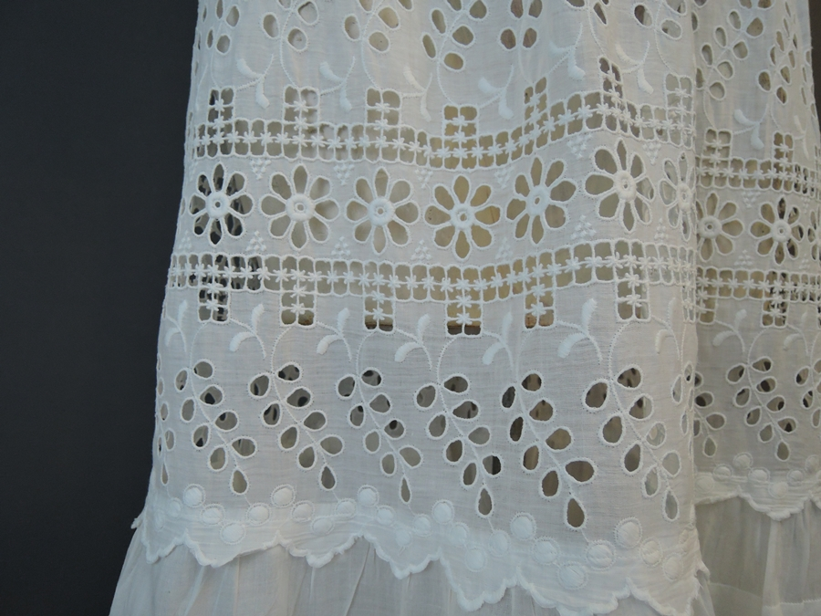 Vintage Edwardian Dress, Antique 1900s Embroidered White cotton, 34 Bust