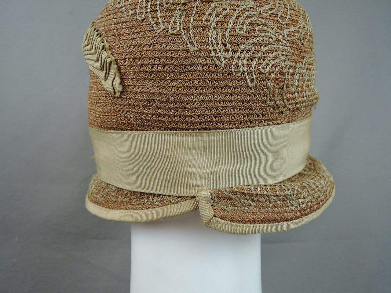 Vintage 1920s Straw Cloche Hat, Ribbons and Embroidery, fits 21 inch head