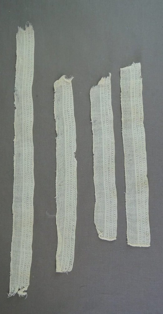 Antique Lace Trim Pieces, Victorian 1800s remnants, 1-3/8 inches wide, handmade?