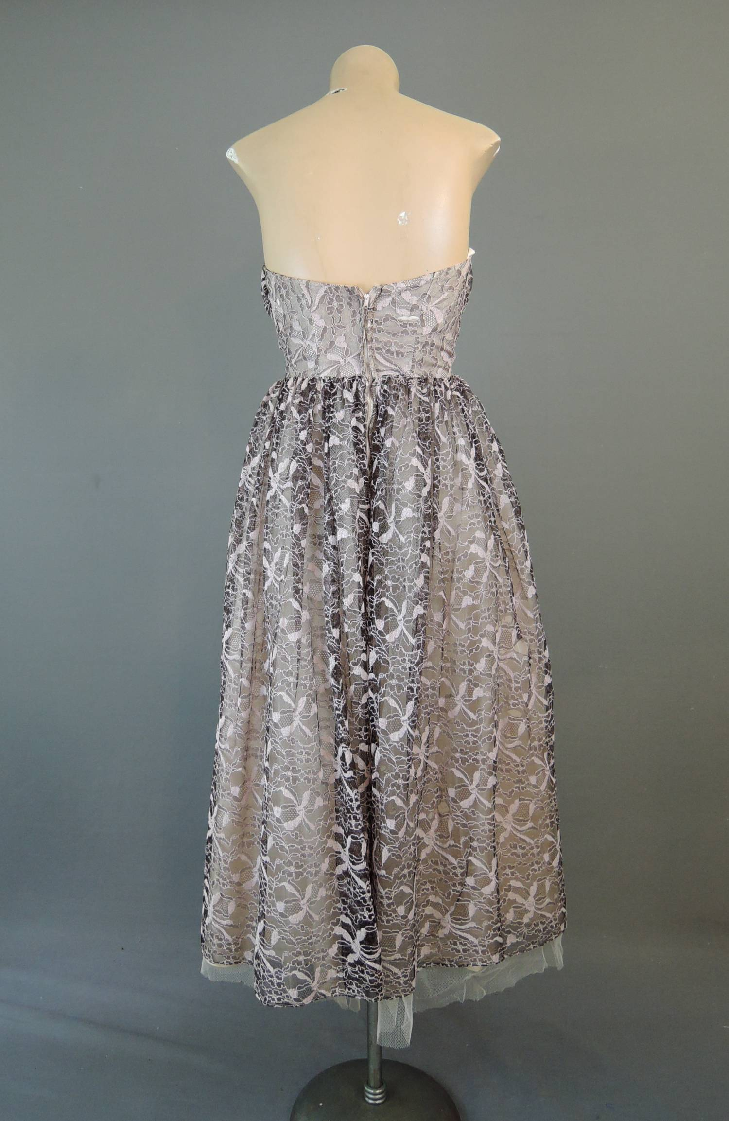 Vintage 1950s Lace Strapless Dress, fits 32 inch bust, Black/Brown & Pink Lace