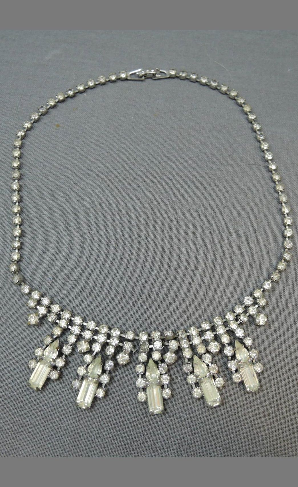 Vintage 1950s Rhinestone Necklace, Dangles, 14-1/2 inches, Wedding, Evening