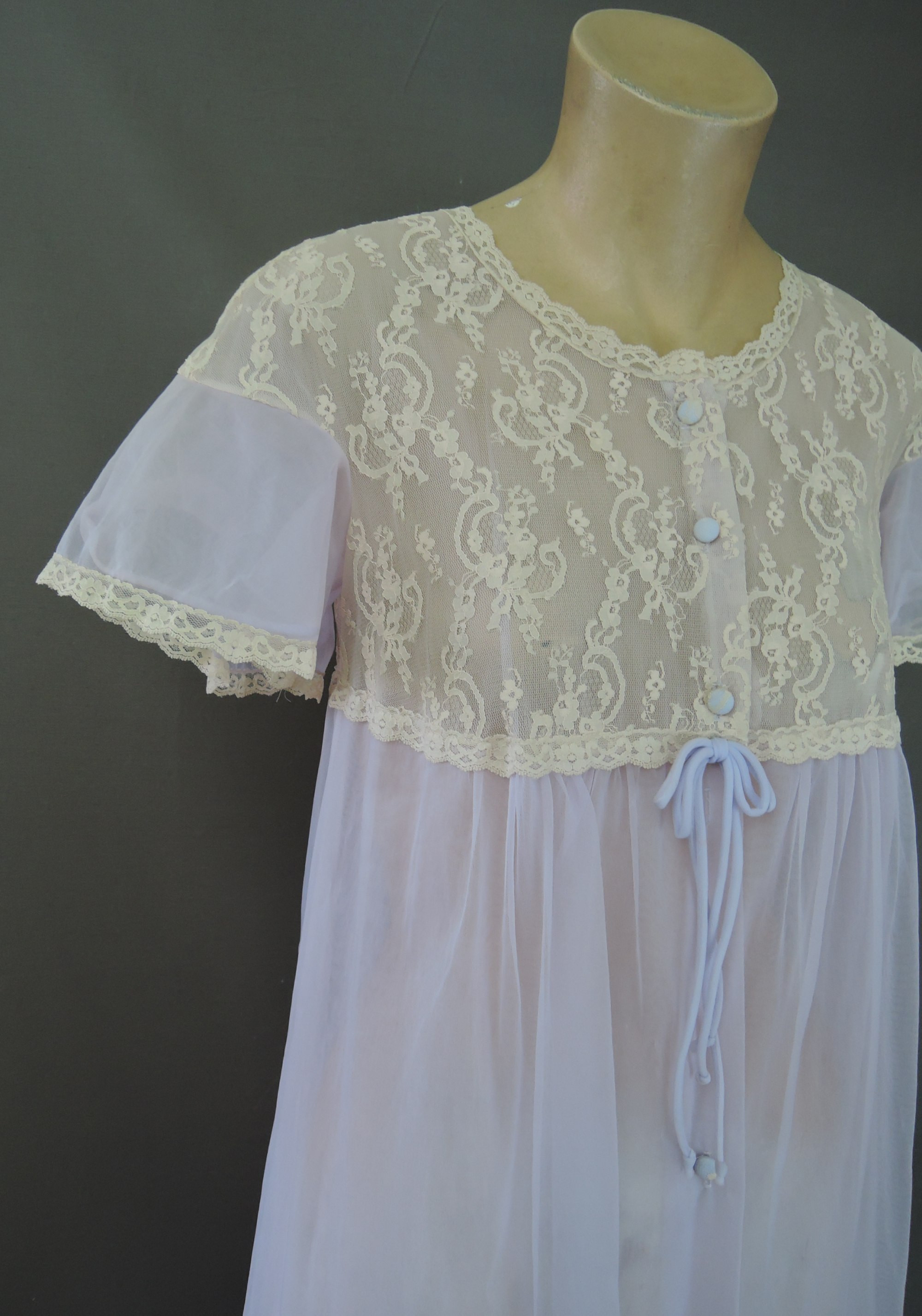 Vintage Sheer Lavender Robe with Ivory Lace, 1960s, 32 inch bust