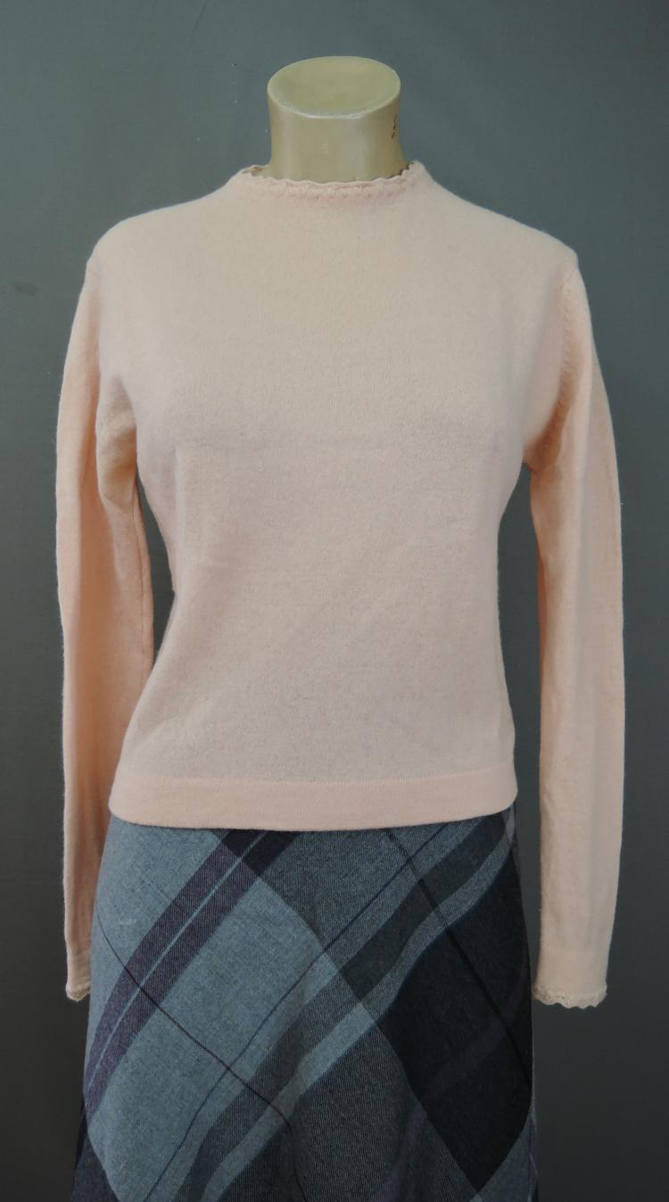 Vintage 1960s Dusty Peach Sweater, 34 to 36 inch bust, Lambswool Angora & Nylon