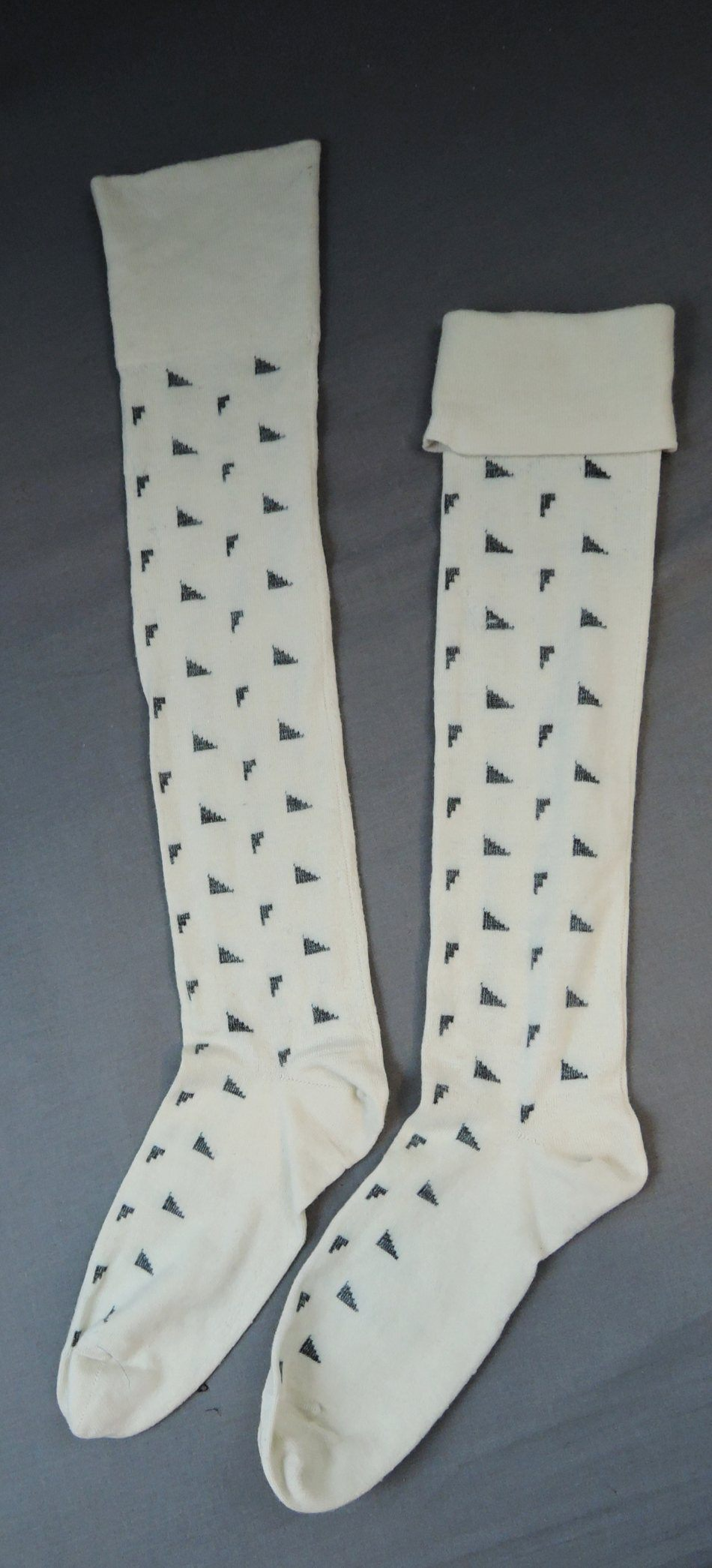 Vintage Seamed Wool Stockings, 1920s White & Black, size 10 foot