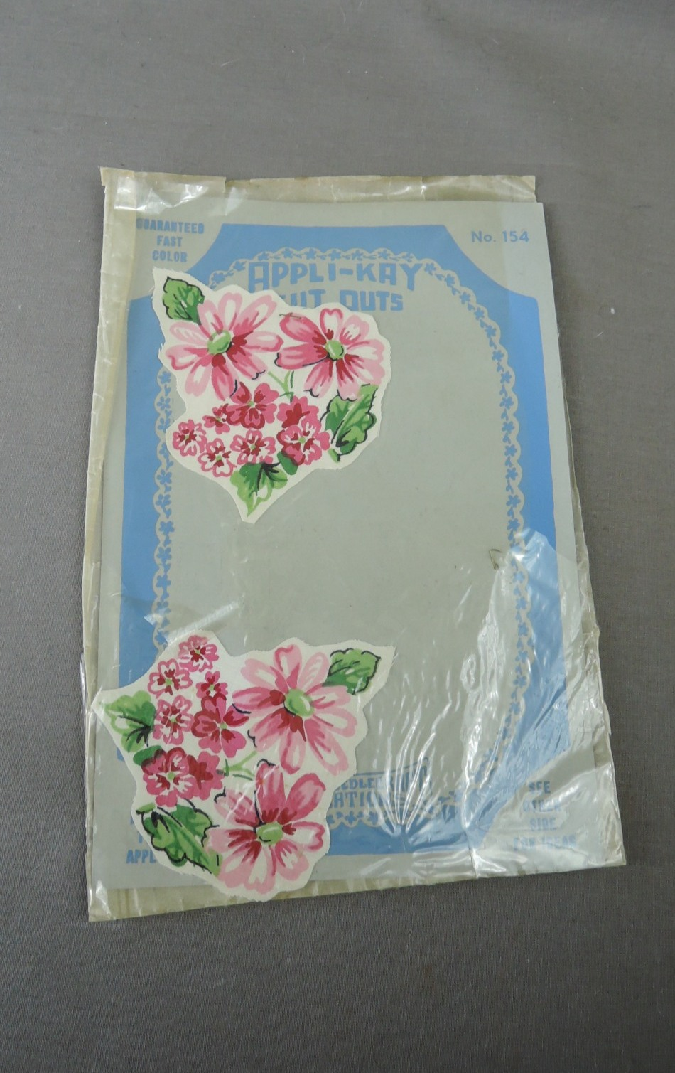 1940s Floral Appliques, 4 Pink Flowers in Packages 3x3 inches, Dress, Linens, sew on