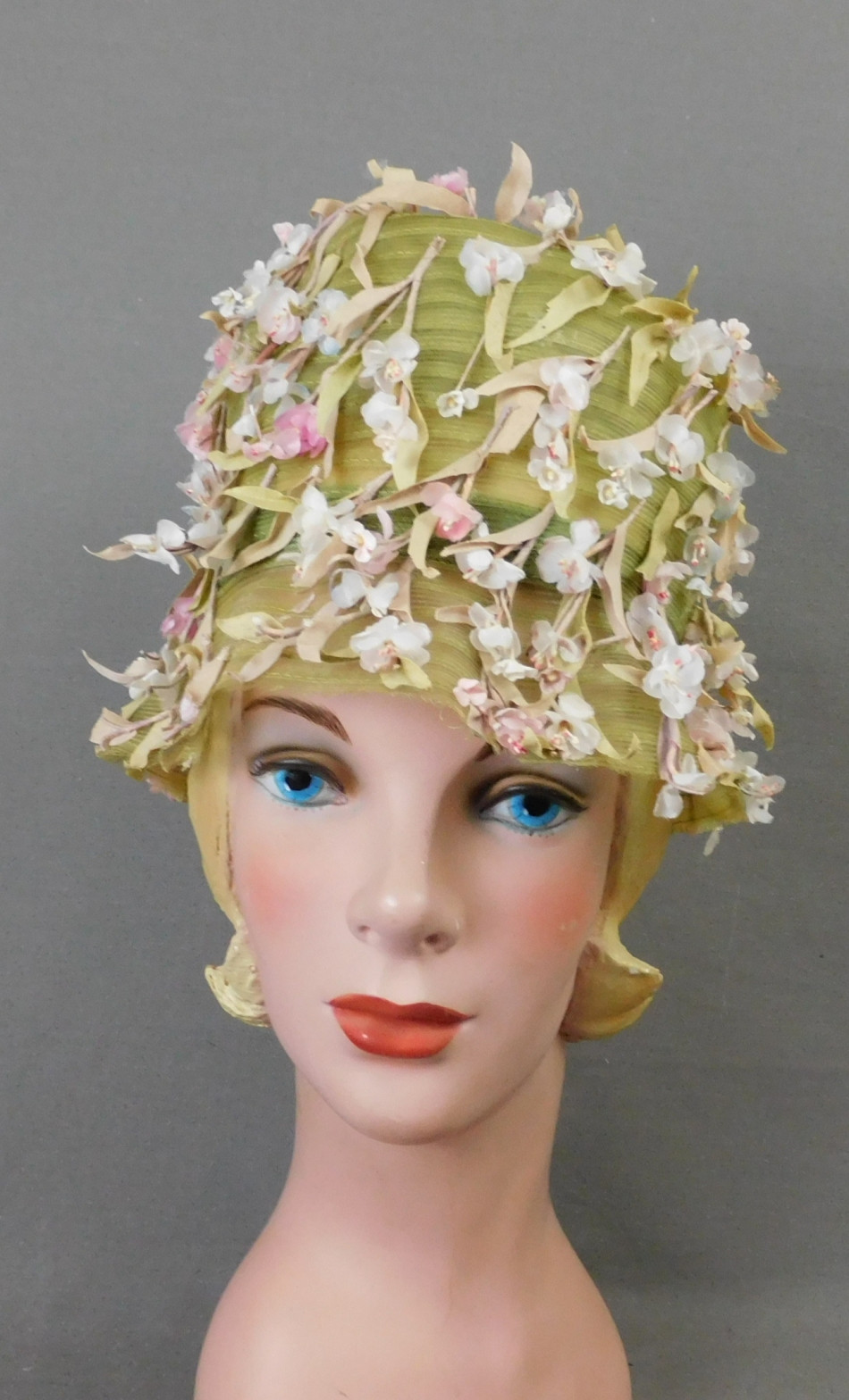 Vintage Green Mesh Floral Hat, 1960s Bucket, small 20 inch head, Mr. John Jr.