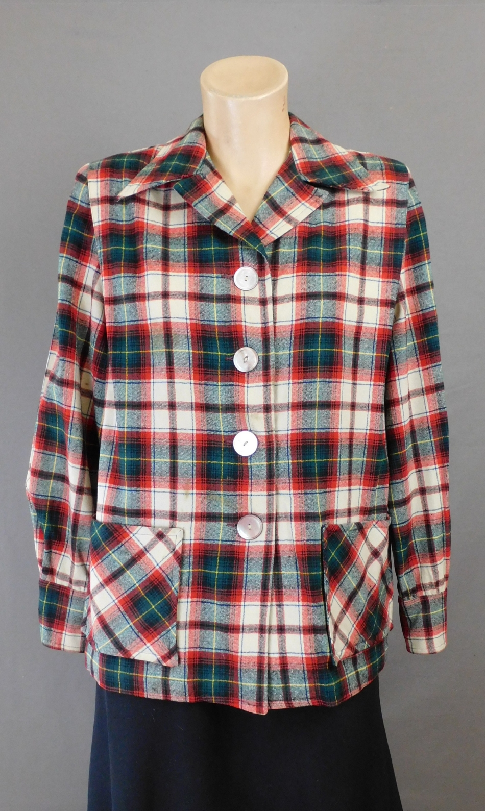 Vintage 1940s Pendleton 49er Plaid Jacket, 38 inch bust, Red and Dark Green some issues